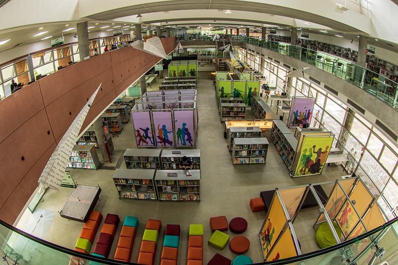 Bibliotecas têm oficinas de literatura e escrita criativa