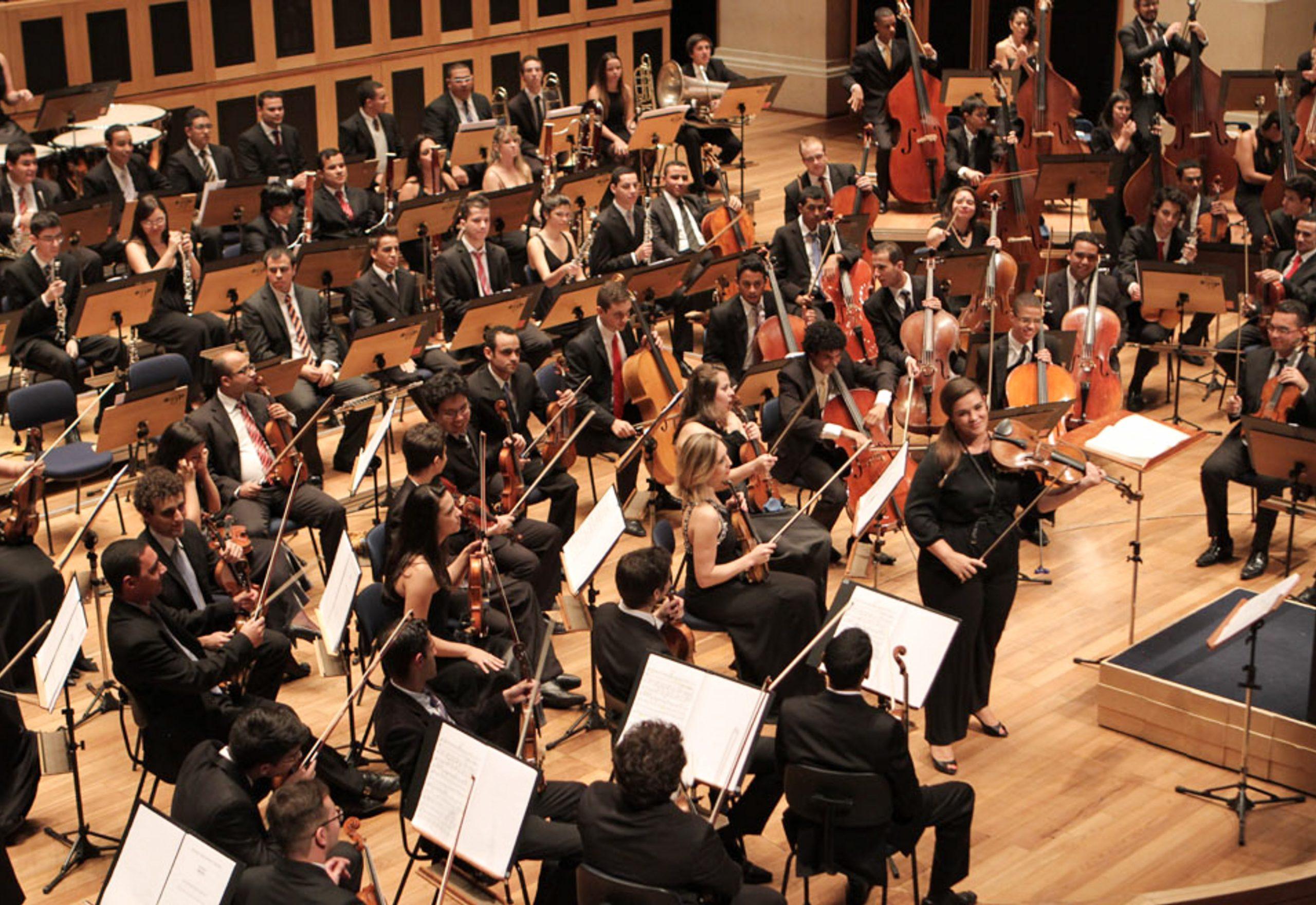 Orquestra Tom Jobim abre a temporada com clássicos de Egberto Gismonti, Gilberto Gil, Edu Lobo e Chico Buarque